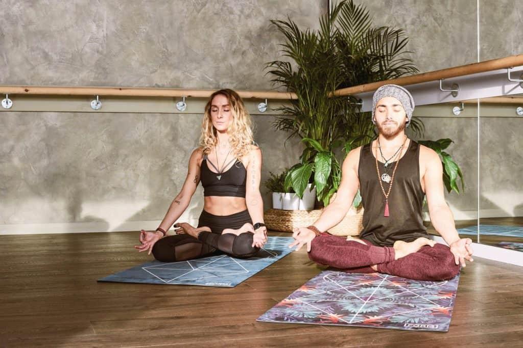 dendritic-agate-meditation