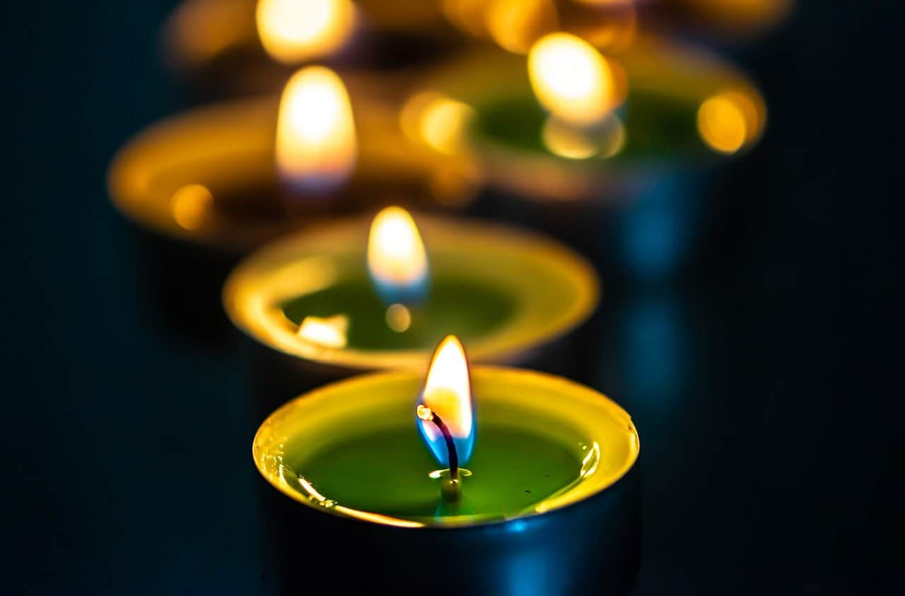 prayer-candles
