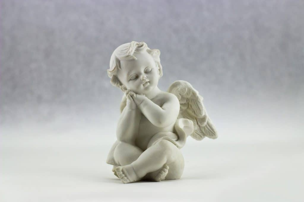 angel-figurine