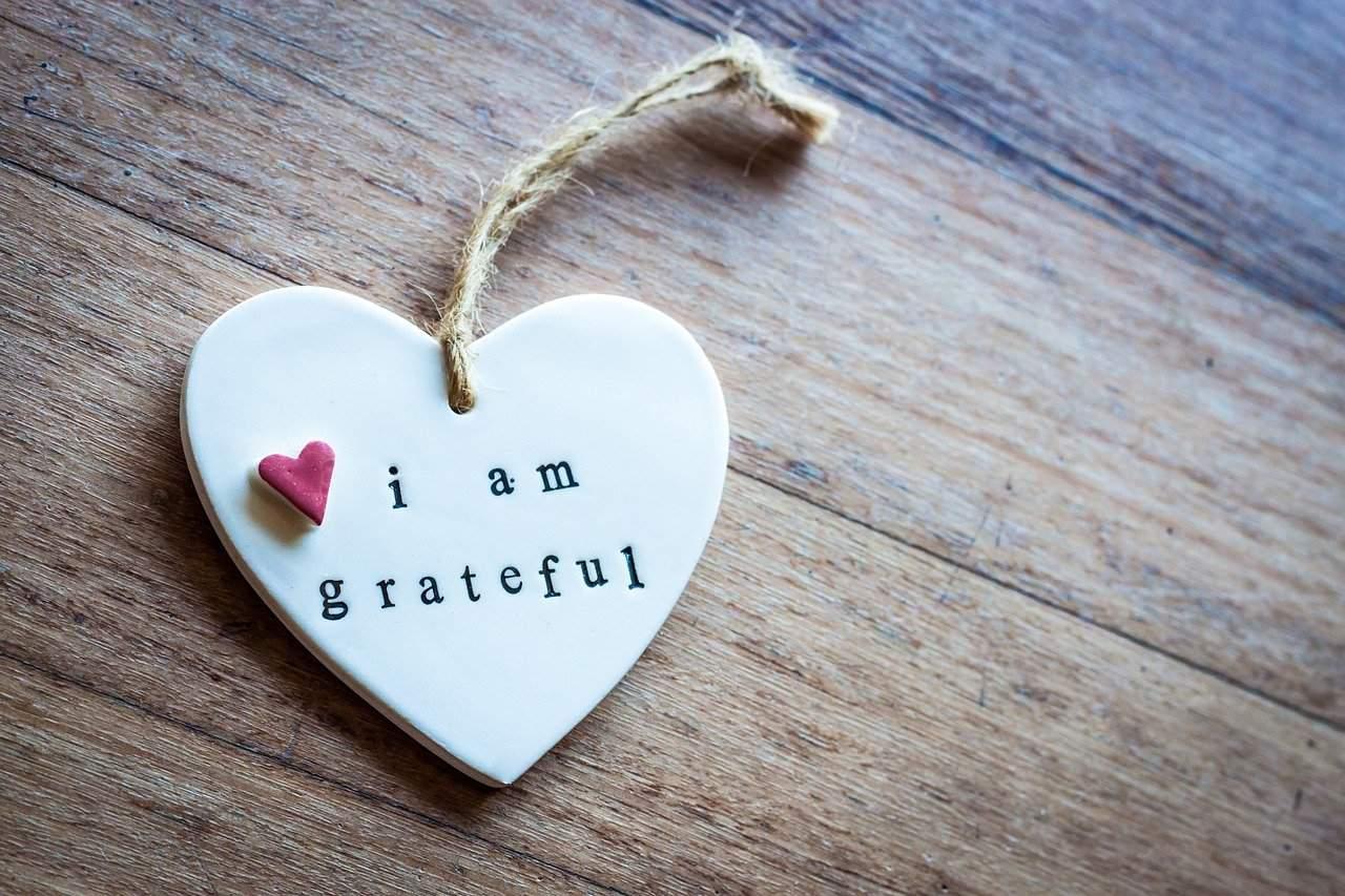 i am grateful engraved heart